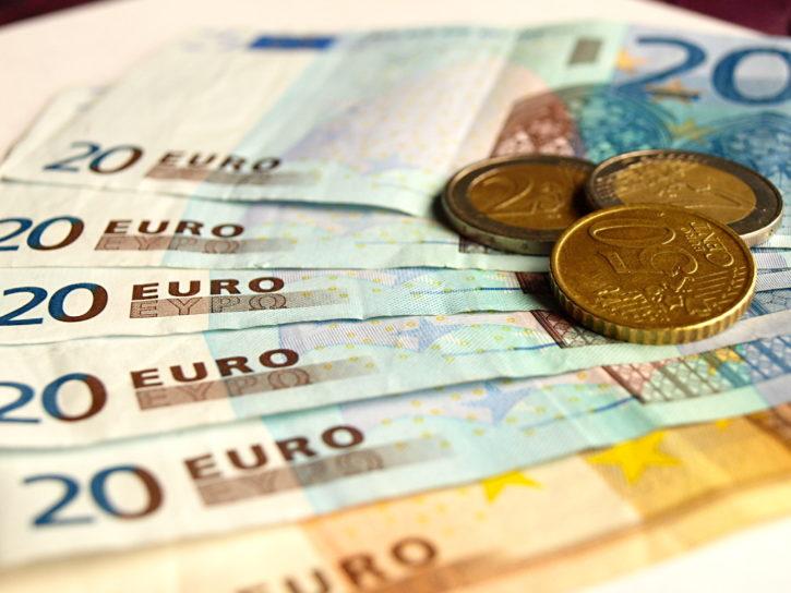 Trade Euro against bitcoin